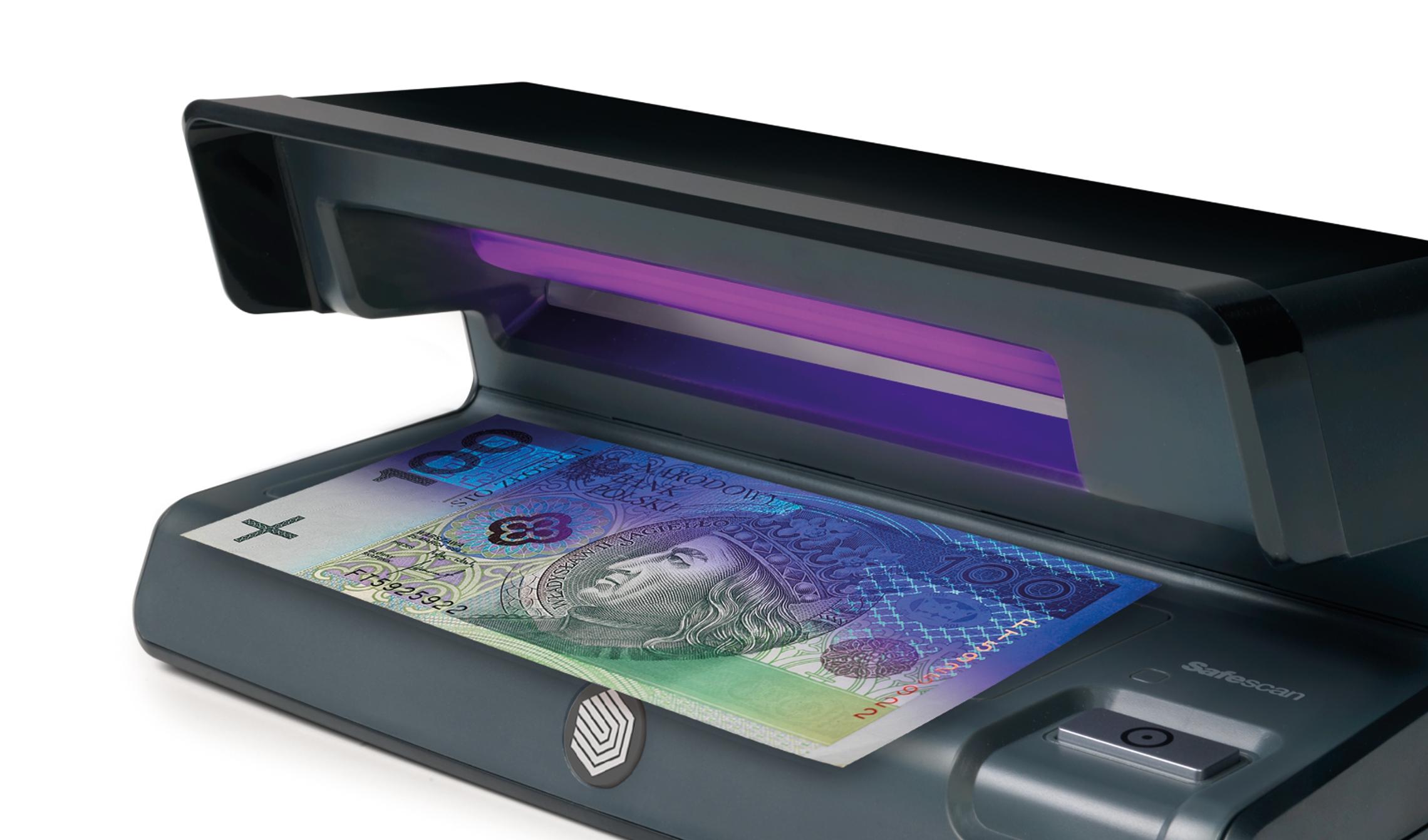 safescan-50-wykrywa-sfalszowane-pieniadze