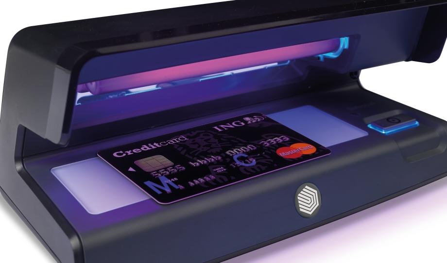 safescan-70-prueft-kreditkarten
